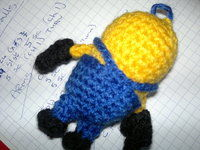 How to make a character plushie. Despicable Me Minion - Step 10