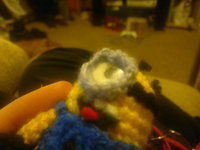 How to make a keyring. Despicable Me Minion - Step 15