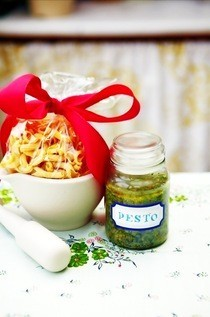 Chive &amp; Lemon Pesto