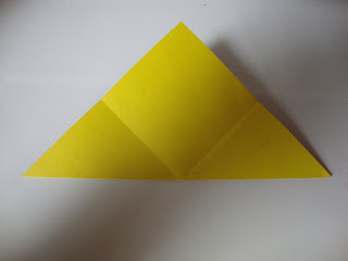How to fold an origami shape. Origami Bows - Step 2