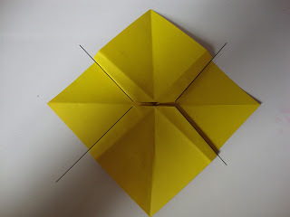 How to fold an origami shape. Origami Bows - Step 18