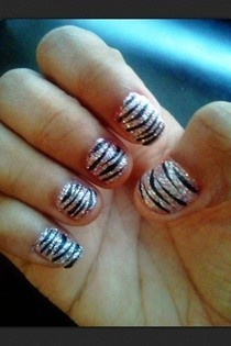 Sparkly Zebra Nails