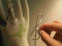 How to make a trebel clef wire ring. Treble Clef Ring  - Step 6