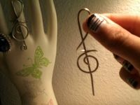How to make a trebel clef wire ring. Treble Clef Ring  - Step 7