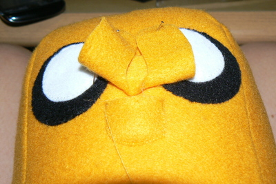 How to make a dog plushie. Adventure Time Jake Plush - Step 9