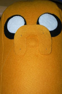 How to make a dog plushie. Adventure Time Jake Plush - Step 10