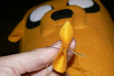 How to make a dog plushie. Adventure Time Jake Plush - Step 14