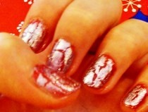 Christmas Crackle Nails