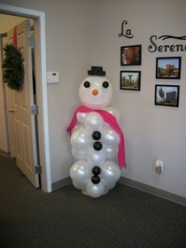 Snow Girl Balloon Art Sculpture