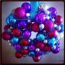 Funky Festive Bauble Wreath!