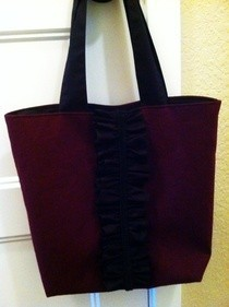 Linen Tote Bag With Ruffle