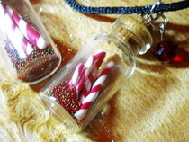 Christmas Vial Necklaces!
