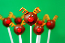Red Nosed Reindeer Cake Pops