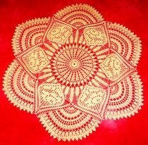 Rose Scallops Doily