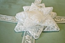 Lace Gift Bow