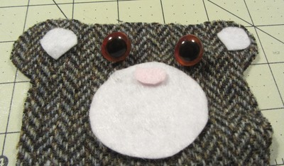 How to sew a fabric animal pouch. Bear Coin Purse - Step 2
