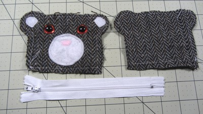 How to sew a fabric animal pouch. Bear Coin Purse - Step 8