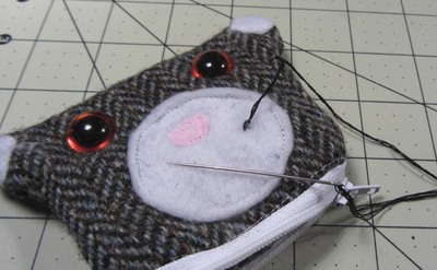 How to sew a fabric animal pouch. Bear Coin Purse - Step 16