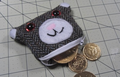 How to sew a fabric animal pouch. Bear Coin Purse - Step 18