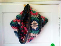 Granny Square Circle Scarf