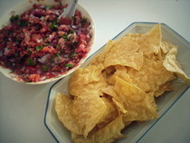 My Ridiculously Easy, Healthy Homemade Salsa