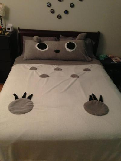 How to make a bed. Totoro Bed - Step 6