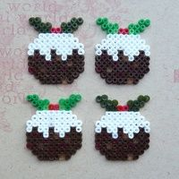 How to make a greetings card. Hama Bead Christmas Pudding Cards - Step 2