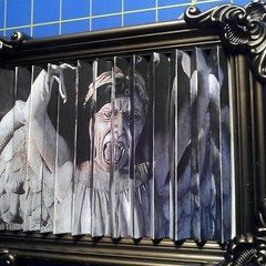 Weeping Angel Lenticular Picture Frame
