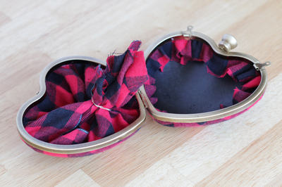 How to make a heart shaped bag. Punk Rock Heart Clutch - Step 5