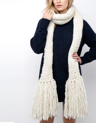 Medium 01 shaggy scarf ivorywhite