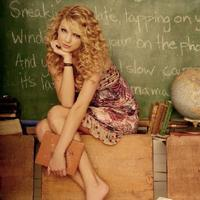 Large_square_taylor_swift-in-class
