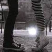 Large_square_converse-kiss-striped-stocking_1258867250