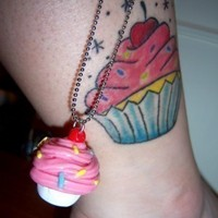 Large_square_natalias-cupcake-tattoo-300x400_1291383868