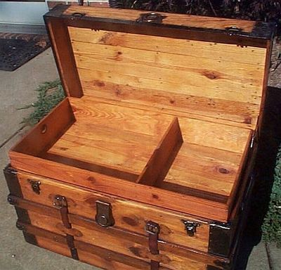 Medium 251 antique trunk open