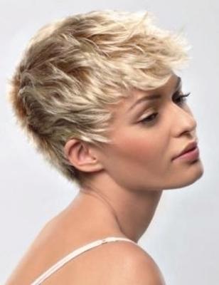 Medium short crop hair style3