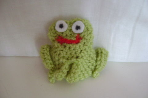 Cool frog for cool crocheters!! :) .  Make a reptile plushie in under 25 minutes by crocheting with wool and darning needle. Inspired by frogs and frogs. Creation posted by . Difficulty: 3/5. Cost: Absolutley free.