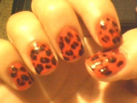 .  Paint an animal nail in under 10 minutes by nail painting Inspired by leopard print. Version posted by cherrylecreme. Difficulty: Simple. Cost: Absolutley free.
