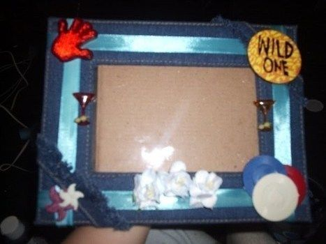 Just a Picture frame! .  Decorate an embellished photo frame in under 20 minutes using embellishments. Creation posted by Penny F. Difficulty: Simple. Cost: Absolutley free.