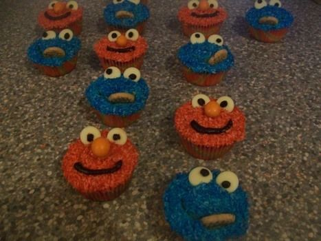 .  Decorate a character cake in under 180 minutes by cooking, baking, decorating food, and cake decorating Inspired by monsters and cookie monster. Version posted by Kitty. Difficulty: Easy. Cost: Absolutley free.