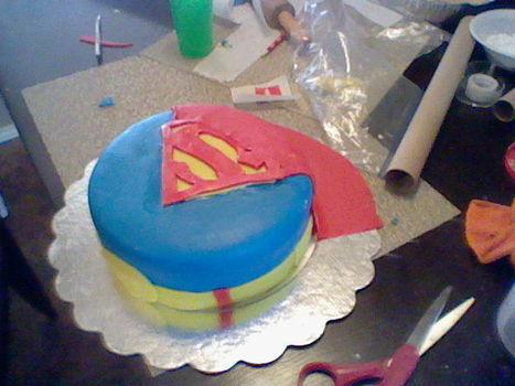 It's a bird it's a plane NOPE its just a superman cake hahah .  Decorate a superhero cake by cooking, baking, and decorating with cake mix and cake mix. Inspired by costumes & cosplay, superman, and people. Creation posted by maria  s. Difficulty: 3/5. Cost: 3/5.