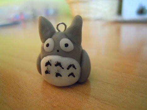 Totoro charm- polymer clay .  Sculpt a clay character necklace in under 25 minutes by creating with eye pins and fimo. Inspired by anime & manga, my neighbor totoro, and vintage & retro. Creation posted by Lorenacraftlove f. Difficulty: Easy. Cost: Cheap.