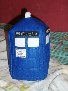 .  Make a Doctor Who plushie by sewing and felting Inspired by dr who, dr who, and tardis. Version posted by Arianne C. Difficulty: Simple. Cost: 3/5.