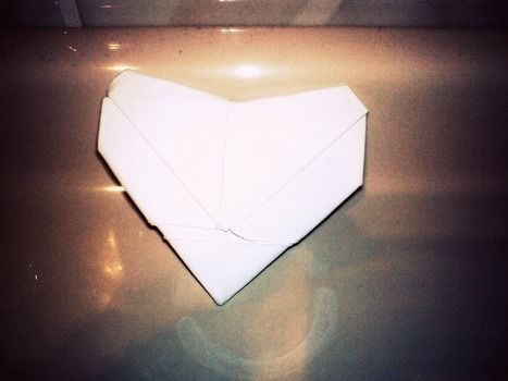.  Fold an origami shape in under 15 minutes by paper folding and paper folding Inspired by hearts and hearts. Version posted by Laura_927. Difficulty: Simple. Cost: Absolutley free.