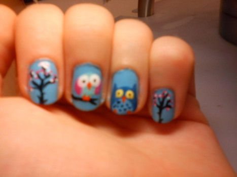 How to do owl nails  .  Free tutorial with pictures on how to paint an animal nail in under 35 minutes by creating, nail painting, decorating, and nail painting with nail polish, cotton, and nail polish remover. Inspired by animals and birds. How To posted by honey bunny. Difficulty: 3/5. Cost: Cheap. Steps: 7