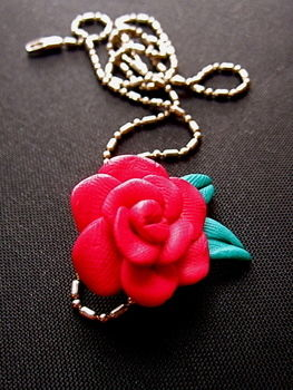 Florets :D .  Free tutorial with pictures on how to mold a clay necklace in under 45 minutes by jewelrymaking and  with wire, polymer clay, and necklace. Inspired by flowers and flowers. How To posted by LaLiLuLiny. Difficulty: Simple. Cost: Cheap. Steps: 12
