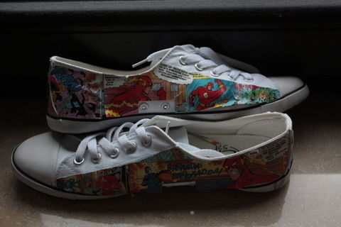 .  Make a pair of decoupage shoes in under 60 minutes by decorating Inspired by vintage & retro and clothes & accessories. Version posted by Koko C. Difficulty: 3/5. Cost: Absolutley free.