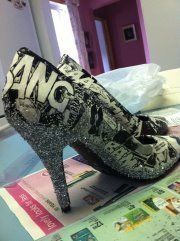 .  Make a pair of decoupage shoes in under 120 minutes Inspired by clothes & accessories. Version posted by Emilie B. Difficulty: Easy. Cost: Cheap.