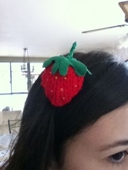.  Make a fruit plushie in under 30 minutes by knitting Inspired by kawaii, strawberries, and clothes & accessories. Version posted by Luiza S. Difficulty: 3/5. Cost: Absolutley free.
