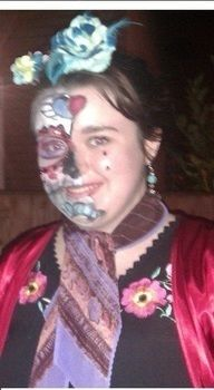 .  Create a face painting in under 25 minutes by applying makeup Inspired by skulls & skeletons, sugar skulls, and day of the dead. Version posted by Hdoddles . Difficulty: Easy. Cost: Absolutley free.