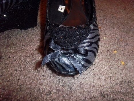 Easy way to update old shoes. .  Make a shoe in under 60 minutes by embellishing and not sewing with hot glue gun, lace, and glitter. Inspired by vintage & retro and clothes & accessories. Creation posted by Amanda D. Difficulty: Easy. Cost: Absolutley free.